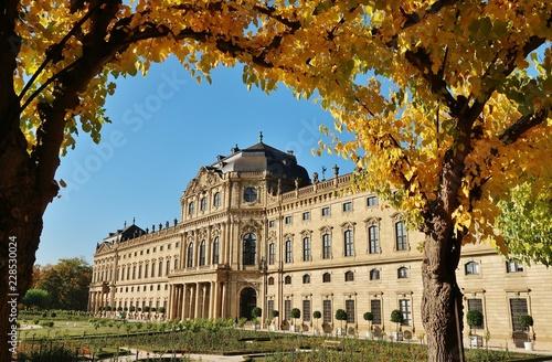 Foto  Würzburg, Fürstbischöfliche Residenz, Herbst