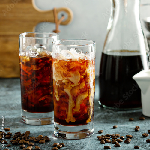 Poster de jardin Bar Cold brew iced coffee in tall glasses