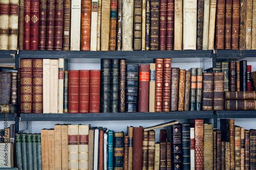 Libri usati in un mercatino in Spagna. Libreria Poster Mural XXL