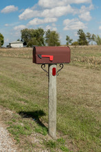Country Road Rusty Mailbox