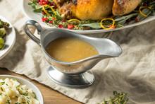 Dark Homemade Turkey Gravy