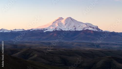 Deurstickers Asia land panoramic view of Mount Elbrus at sunrise