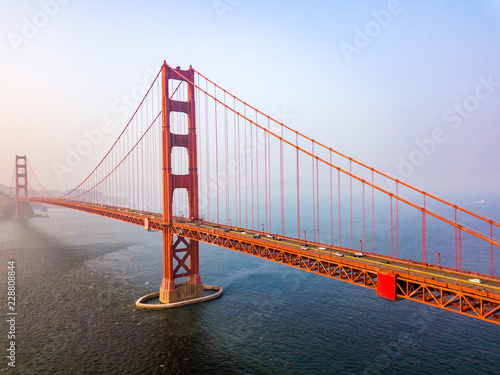 Платно Aerial view of the San Francisco Golden Gate bridge