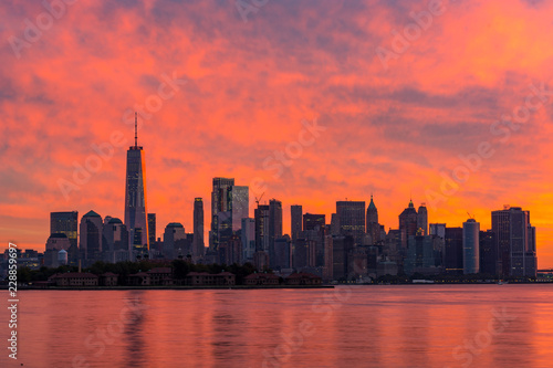 Fototapeta Background Sun Tourism Landscape New York City Sunrise View Modern Tower Water Travel Downtown Building Timelapse New York City Skyline Man