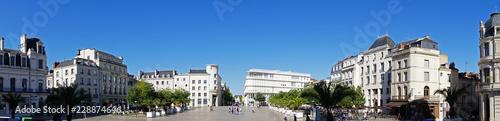 Photo  place de l'hôtel de ville de Poitiers