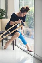 Injury Woman With Leg Splint S...