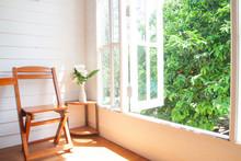 Big Window Garden View In Coun...