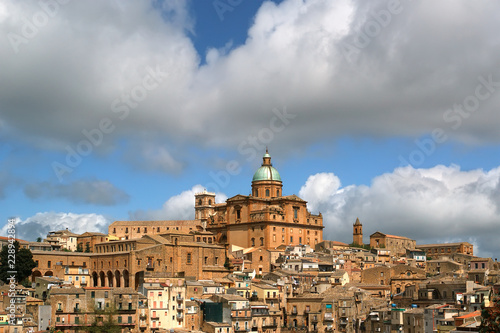 View of a typical ancient city, Sicilia, Agrigento Province Fototapet