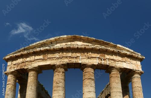 Fotografie, Obraz  Classic Greek (Doric) Temple at Segesta in Sicily
