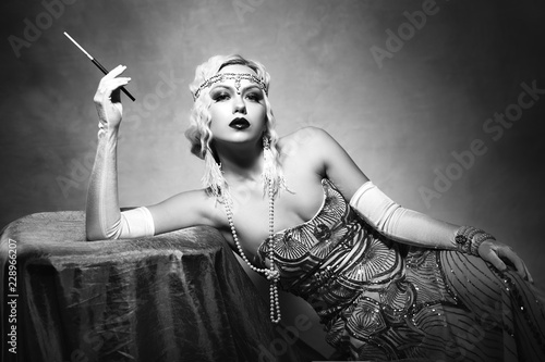 Photographie  woman retro flapper style