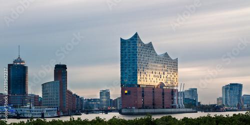 Elbphilharmonie and Hafencity at sunup - 228967237