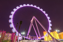 High Roller Ferris Wheel In La...