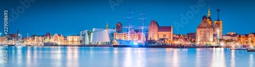 Foto op Plexiglas Panoramafoto s Historic town of Stralsund at twilight, Mecklenburg-Vorpommern, Germany