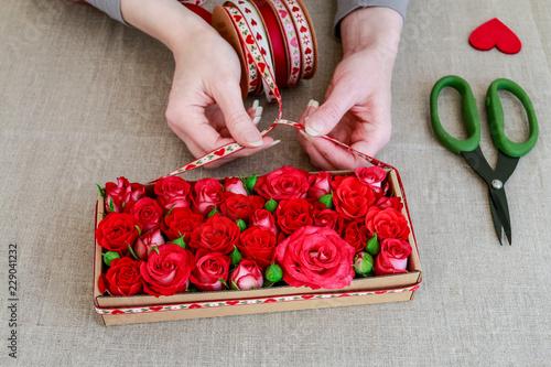 Flower Shaped Paper Gift Box Tutorial - Essyjae | 334x500