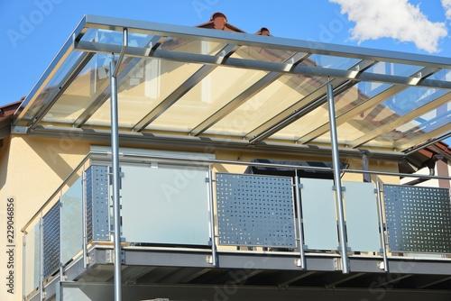 Edelstahl Balkon Mit Edelstahlrahmen Glasdach Und Markise Buy This