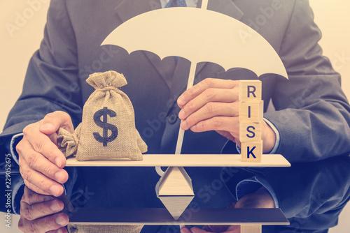 Fotografía  Financial risk assessment / portfolio risk management and protection concept : B