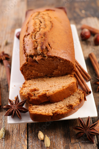 Photo  gingerbread cake and spice