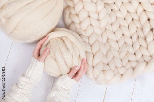 Fototapeta a ball of thick yarn and a blanket of thick wool