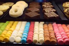 Macaroon, Donuts, Biscuits, Mu...