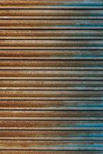 Rusty Gate Linear Background