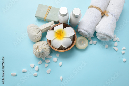 Spoed Foto op Canvas Spa White Spa set with flora