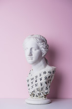 Marble Statue Of Woman With Ca...