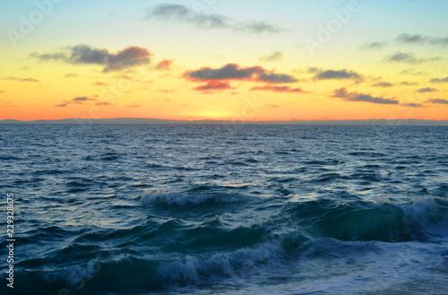 Pazifischer Ozean Wellen Abendrot