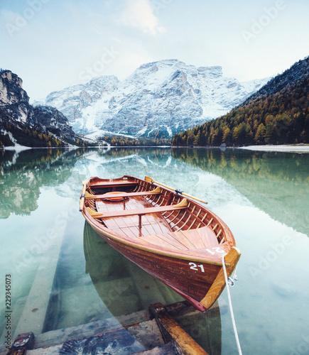 Poster Blanc Great scene the alpine lake Braies (Pragser Wildsee).
