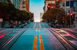 Fototapeta Miasto - California Street at dawn, San Francisco, California, USA