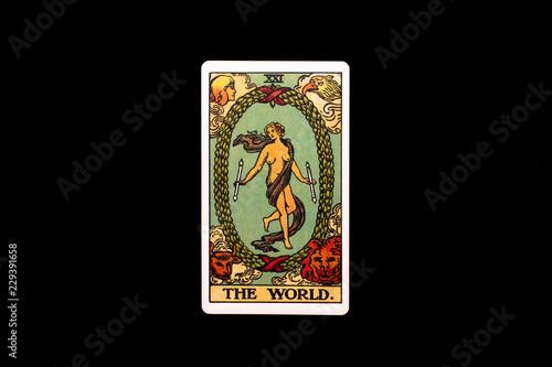 Cuadros en Lienzo An individual major arcana tarot card isolated on black background