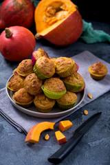 Fototapeta Pumpkin muffins, healthy autumn seasonal baked dessert