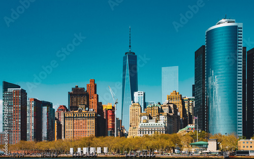 Skyline Manhattan with One World Trade Center фототапет