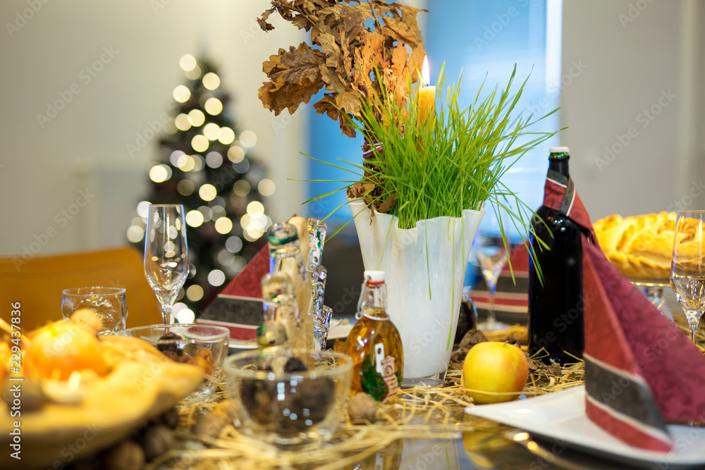 Fototapety, obrazy: Festive table decorated for orthodox christmas