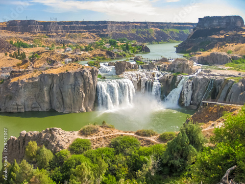 obraz dibond Spectacular aerial view of Shoshone Falls or Niagara of the West, Snake River, Idaho, United States.