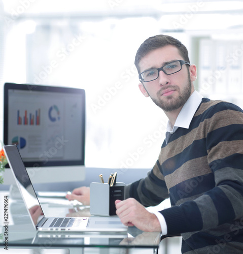 businessman working with financial charts