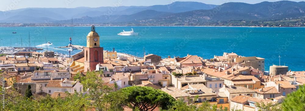 Fototapety, obrazy: Panorama de Saint-Tropez sur la côte d'Azur, France