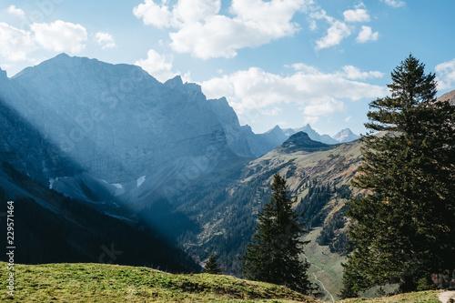 In de dag Alpen Alpine landscape in Tyrol, Austria (Karwendel)