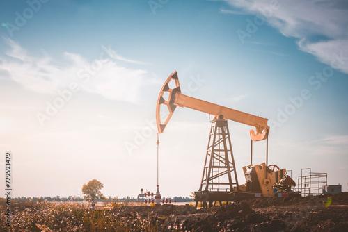 Fototapeta oil pump jack obraz