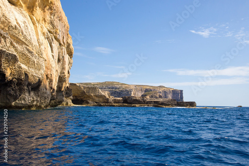 Keuken foto achterwand Kust Boat tour at Azure Window, Malta, Gozo