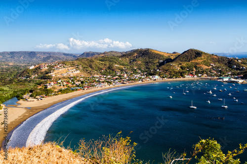 Stampa su Tela View of San Juan del Sur from the local mountain hill, Nicaragua