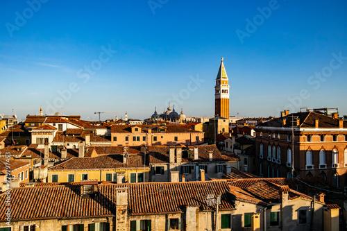Papiers peints Les vieux bâtiments abandonnés View on roofs in Venice, Veneto - Italy