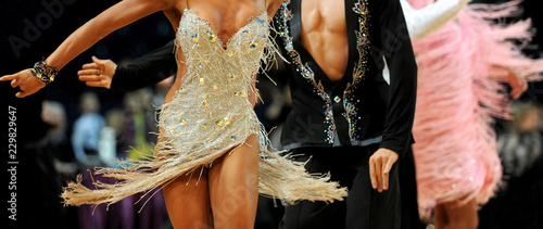 Foto woman and man dancer latino international dancing