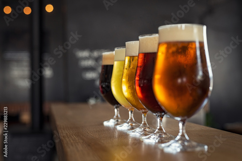Deurstickers Alcohol Draught beer in glasses