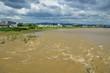 京都 増水した桂川