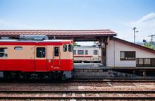 Kiha 52 DMU Train Local Oito L...