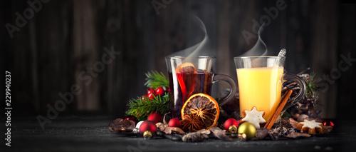 Weihnachten mit Glühwein und Eierpunsch