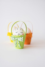 Small Easter Baskets With Eggs