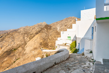 Fototapeta Mountain view from Chora in the morning light. Serifos, Greece