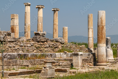 In de dag Rudnes Ruins of the ancient city Magnesia (Magnesia on the Maeander), Turkey