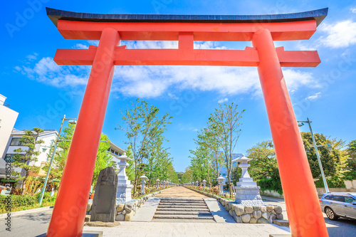 Ni no Torii, the second of the three Torii gate on Wakamiya Oji Avenue the 2 km long road leading to Tsurugaoka Hachiman Shinto Sanctuary in Kamakura, Japan. Beautiful spring season in the blue sky.